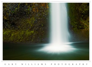 Photograph of  Horsetail Falls in Oregon's Columbia River Gorge