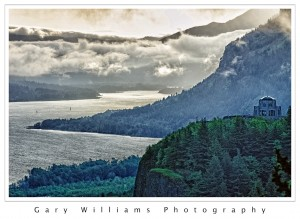 Photograph of the Columbia River from the Portland Women's Forum State Park