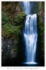 Photograph of  Multonomah Falls in Oregon's Columbia River Gorge