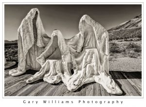 Photograph of The Last Supper sculpture in Rhyolite, Nevada