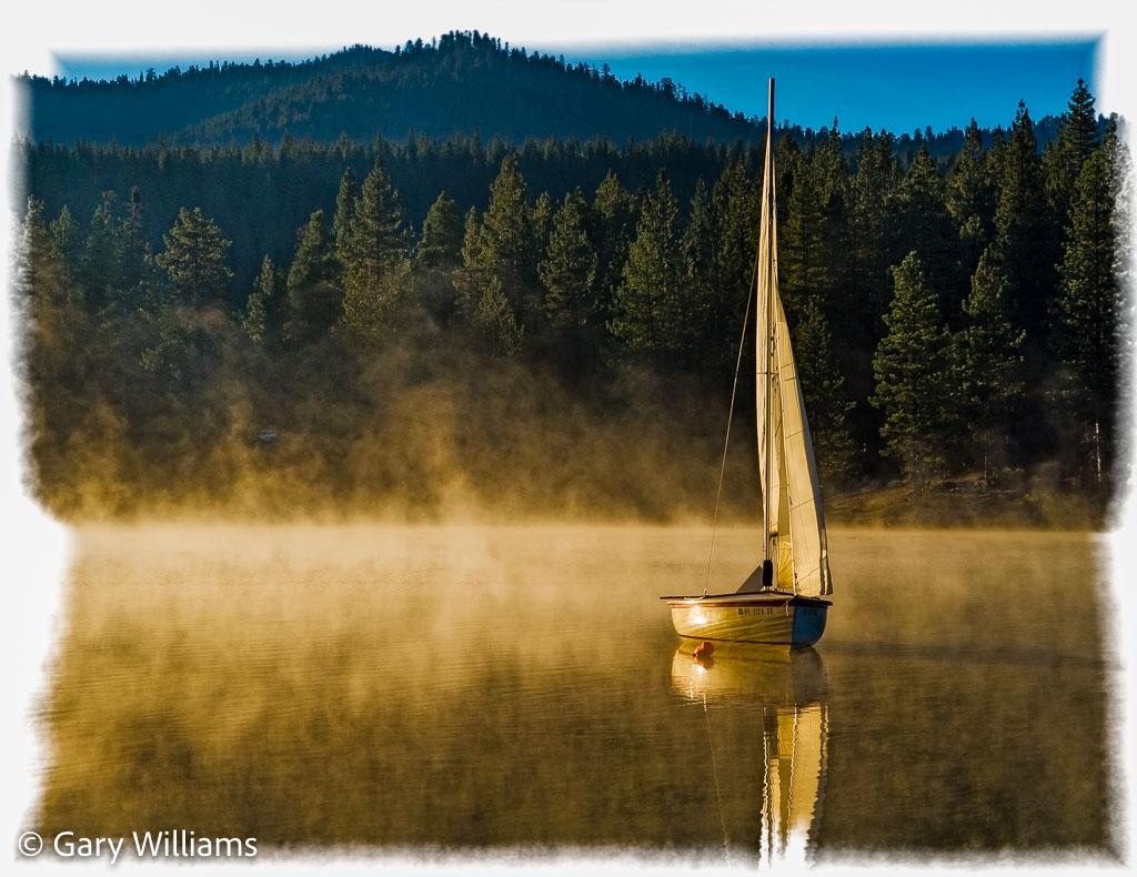 boat_on_lake-2.jpg